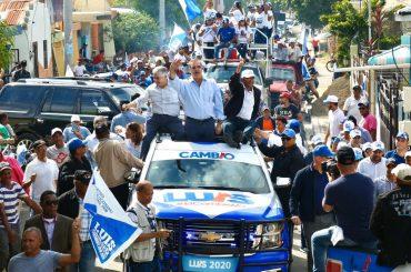 Abinader aclamado como «Presidente del Cambio»
