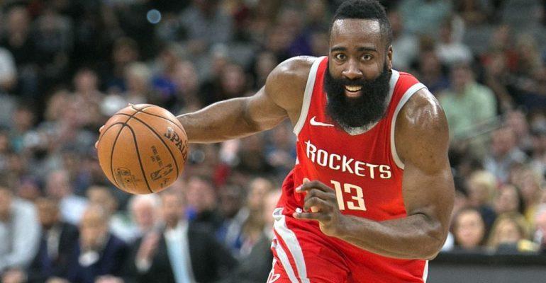 James Harden logra doble-doble y da victoria a los Rockets