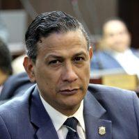Gobierno de Danilo continúa endeudando el país para cubrir déficit fiscal, asegura diputado Díaz