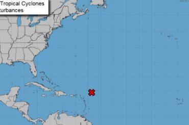 Ciclón tropical podría azotar Antillas Menores en las próximas 48 horas
