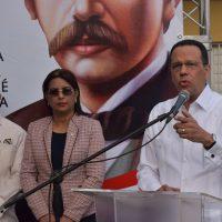 Ministro Peña Mirabal encabeza inicio actos nacionales por 207 años del natalicio del prócer Juan Pablo Duarte