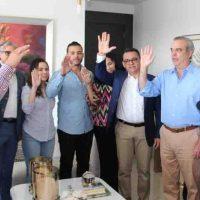Luís Abinadar juramenta importantes dirigentes del PRD en Santiago quienes pasaron apoyar su proyecto presidencial