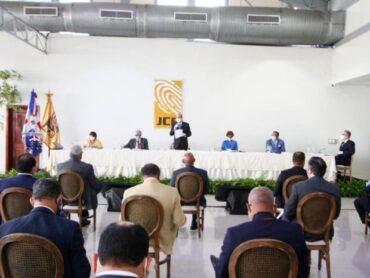JCE y partidos revisan formatos de boletas para elecciones del 5 de julio