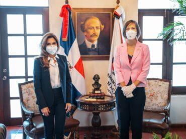 Alcaldesa Distrito Nacional y Embajadora de Canadá inician diálogo para cooperación en diversas áreas.