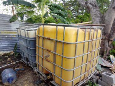 Ministerio Público SDO desmantela laboratorio clandestino de fabricación bebidas alcohólicas conocidas como clerén y tapa floja