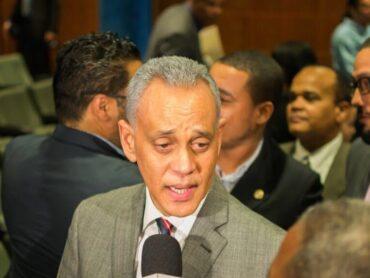 Pichardo dice ante profunda crisis país necesita a Leonel