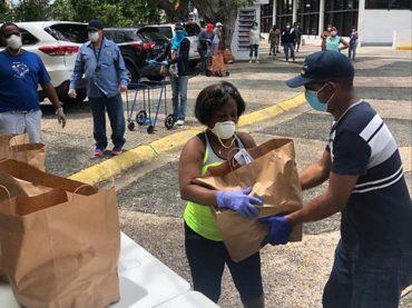 Dominicanos en Puerto Rico reciben auxilio de consulado y del Index, en cuarentena por COVID 19