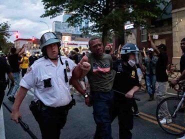 Disturbios en EEUU: el toque de queda en decenas de ciudades no frenó la violencia